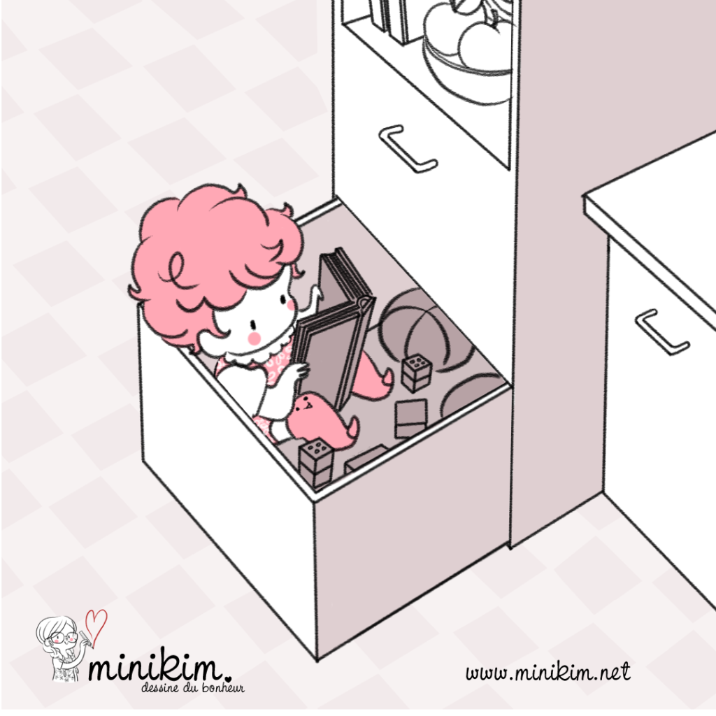 Assise dans un tiroir, assis dans un tiroir