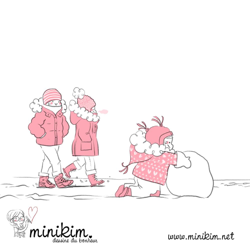 Illustration de Minikim représentant une famille, le père, la mère et leur fille, en train de se promener sur a neige. La fille commence un bonhomme de neige.